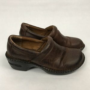 Born BOC Brown Slip On Clogs Size 7